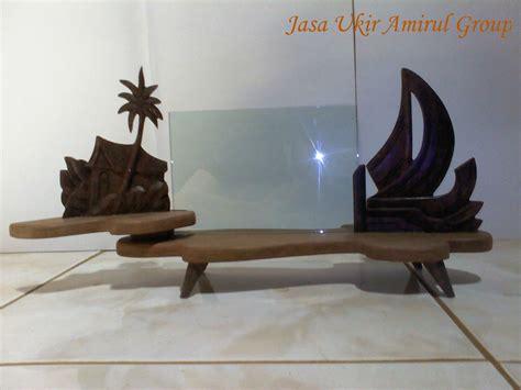 Tempat Tidur Ful Ukiran Motif Bunga Bunga souvenir ukir ag 171 jasa ukir jasa ukiran khas jepara