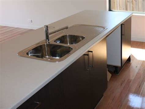 kitchen bench laminate the difference between stone and laminate bench tops and