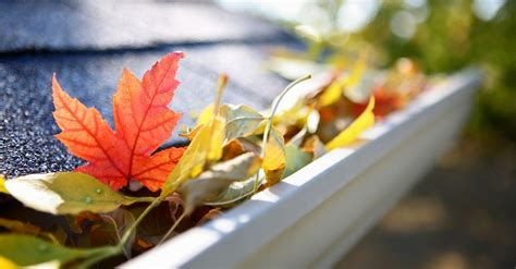 fall reminder prepare  roof  winter roof repair