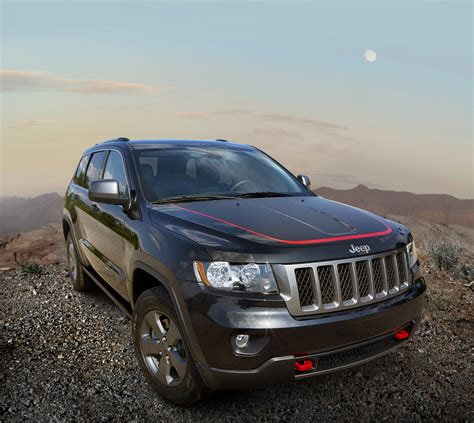 jeep cherokee trailhawk 2013 jeep grand cherokee trailhawk and 2013 jeep wrangler moab