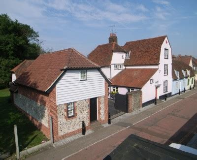 panfield braintree essex contemporary kitchen panfield house serviced accommodation in braintree essex
