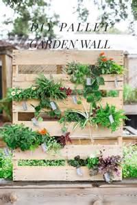 Diy Pallet Vertical Garden Vertical Garden Diy Pallet Idea