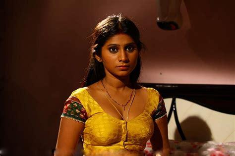 film india romantis n hot lakshmi nair check out lakshmi nair cntravel
