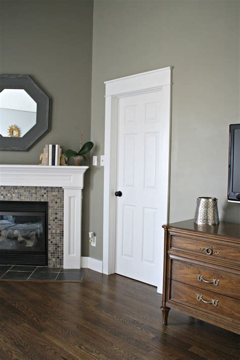 gaining   extra inches living room decor   budget