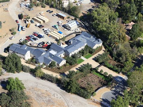 kim kanye house kim kardashian and kanye west kick landscaping into high gear at hidden hills home