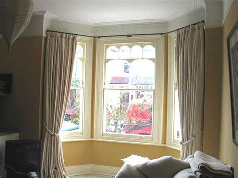 curtain pole for bay window uk the 25 best bay window curtain rail ideas on pinterest