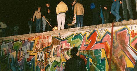 Feiern Zum Mauerfall by Mauerfall 9 November 1989 Deutsche Einheit 3 Oktober