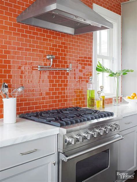 10 ways to use orange and white in your home s decor 35 ways to use subway tiles in the kitchen digsdigs