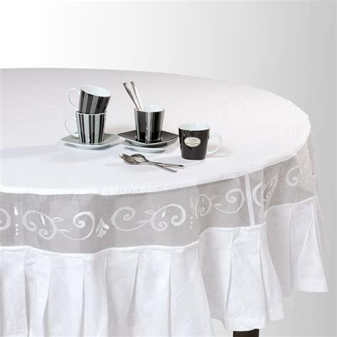 nappe pour table ronde 1307 nappe ronde en coton blanche d 180 cm maisons du monde