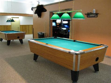 rent coin operated pool table in chicago il arcade