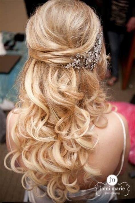 bridesmaid hairstyles down curly elegant wedding hairstyles half up half down tulle