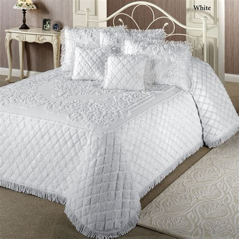 chenille bedding sets chenille bedspread around for a century cozybeddingsets