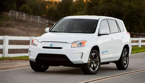 Toyota Tesla Rav4 Toyota Rav4 Ev Phased Out As Tesla Battery Deal Ends