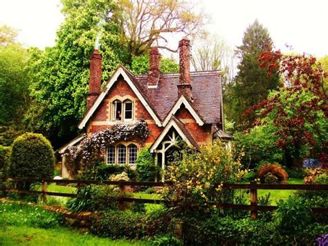 cottage house pictures 25 best ideas about cottages on pinterest cottage