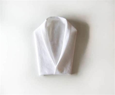 fold  tuxedo napkin  art   stuffthe