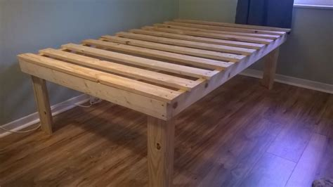 cheap easy  waste platform bed plans diy platform