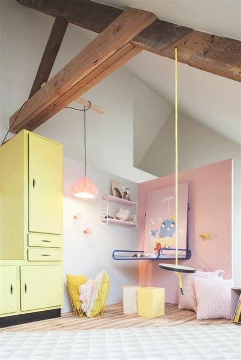 Exceptionnel Decoration Murale Salon Moderne #8: chambre-enfant-sous-combles-peindre-une-pi%C3%A8ce-en-deux-couleurs-murs-gris-rose-meubles-couleurs-pastel.jpg