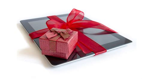 tech gifts 11 terrific tech gifts for mom