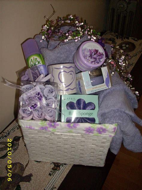 bathroom gift ideas bridal shower basket bathroom themed diy gift idea s