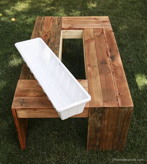 Rustic Pallet Coffee Table Remodelaholic Rustic Pallet Wood Coffee Table With Drink Cooler
