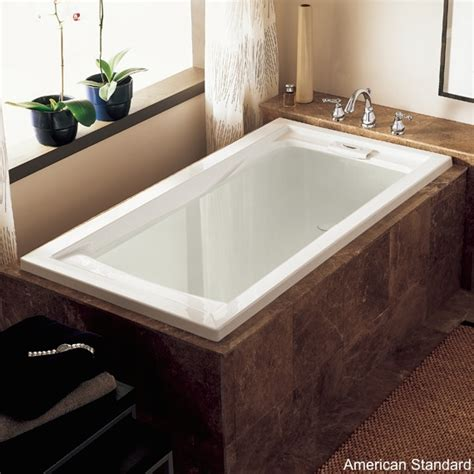 Ideal Standard Shower Baths 8 soaker tubs designed for small bathrooms small bath