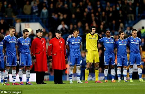 epl volunteer the premier league pay tribute to our war heroes ahead of