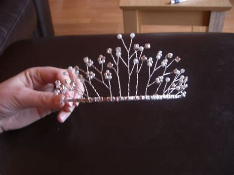 diy wire crown 25 best ideas about wire crown on what is a crown what is and serie the wire
