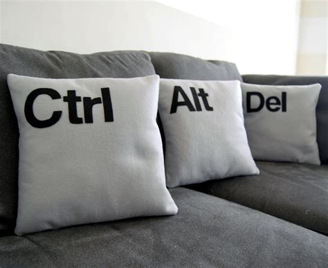 ctrl alt del three pillow set geeks need pillows too