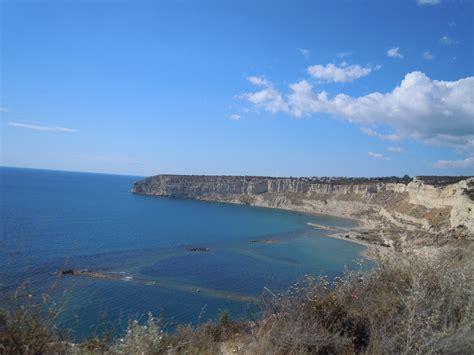 cipro turisti per caso cipro episkopi bay viaggi vacanze e turismo turisti