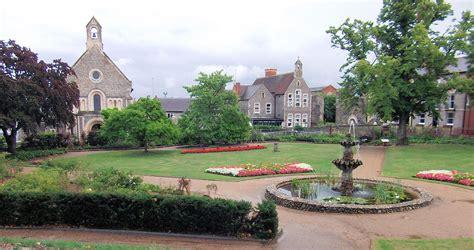 Berkshire Gardens by File Forbury Gardens Reading Berkshire Jpg