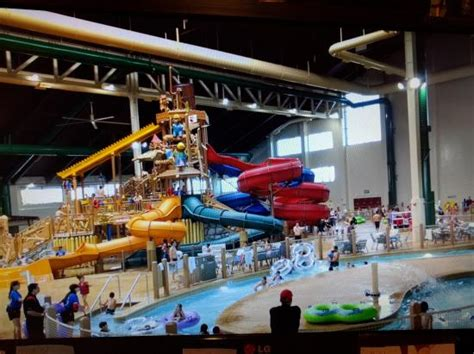 wave pool picture of great wolf lodge southern
