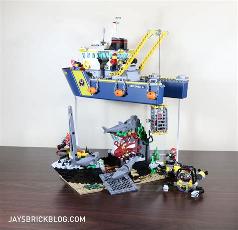 lego boat deep sea review lego 60095 deep sea exploration vessel