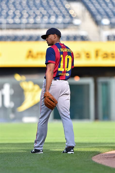 Jersey Baseball Barcelona xander bogaerts wore a custom fc barcelona jersey for his