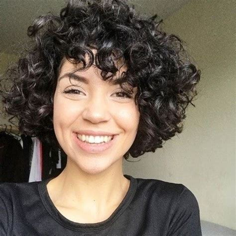 short bob hair style with curls at crown curly girls add shape style to coiled locks with these