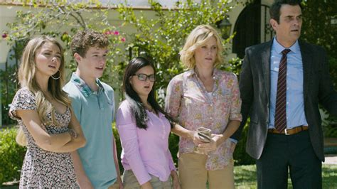 modern family halloween 3 awesomeland recap abccom won t you be our neighbor modern family wiki fandom