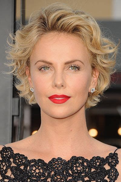 hairstyles not celebrities 25 celebrities short hairstyles for older woman