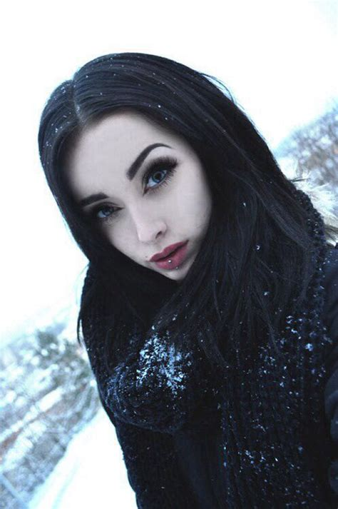 light skinned straight hair styles best 25 hair pale skin ideas on pinterest hair colour