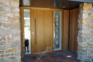 Contemporary Front Doors With Sidelights Contemporary Oak Door And Frame With Sidelights Front Door Exterior Vertical