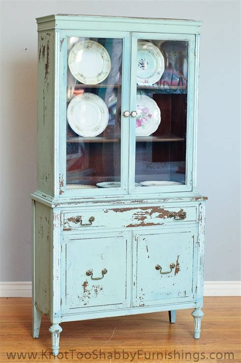 small china cabinet hutch 1000 images about china cabinets on pinterest storage