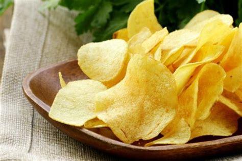 cucinare le patate al microonde chips di patate al microonde fidelity cucina