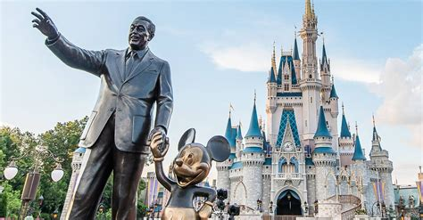 top 10 myths about walt disney world disney dining information