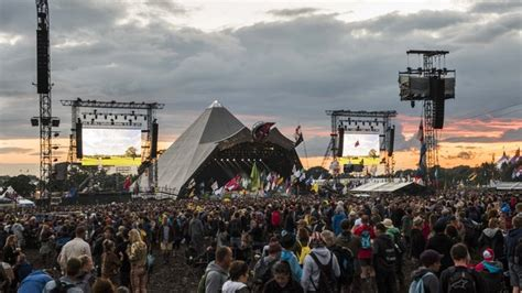 glastonbury festival line ups wikipedia the free what is the full glastonbury 2017 line up and stage times