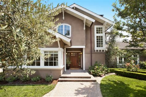this 3 75m craftsman has been updated for modern family