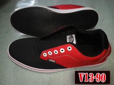 Sepatu Vans Warna Merah toko sepatu vans v13 90 toko sepatu murah