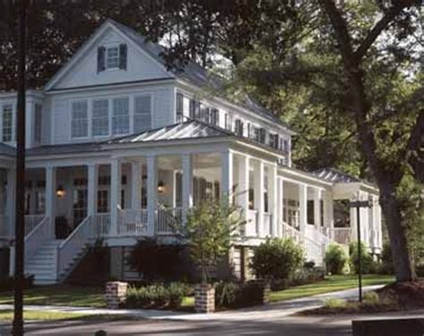 new carolina island house southern living house plans carolina island house from the southern living hwbdo55439