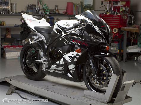 honda cbr 600 rr special edition 2010 honda cbr600rr modified comparison photos