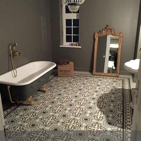 badezimmer zementfliesen die besten 17 ideen zu keramik fliesen b 246 den auf
