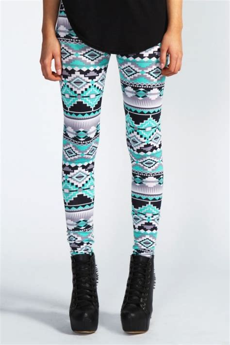 aztec pattern leggings outfit aztec leggings cute outfits pinterest