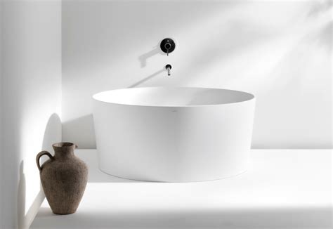 badewanne rund val bath tub by laufen stylepark