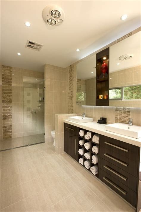 bathroom tile designs photos 1000 ideas about beige tile bathroom on beige